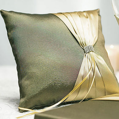 Thymeless Square Ring Pillow
